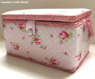 Fabric sewing box with flowers