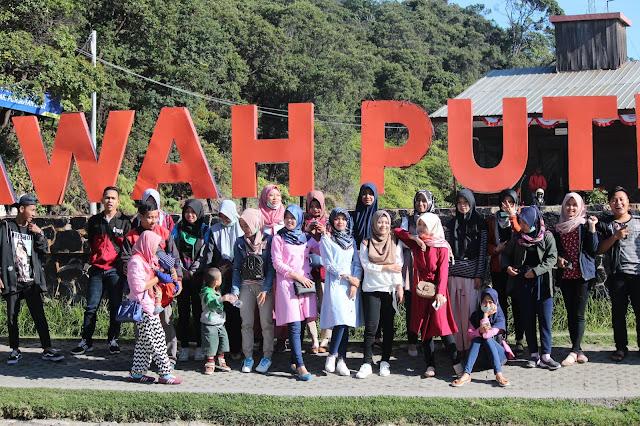Jadi Baru Kebumen 2018 Tour To Bandung, Best Momen- keluarga besar jadi baru kebumen di kawah putih bandung