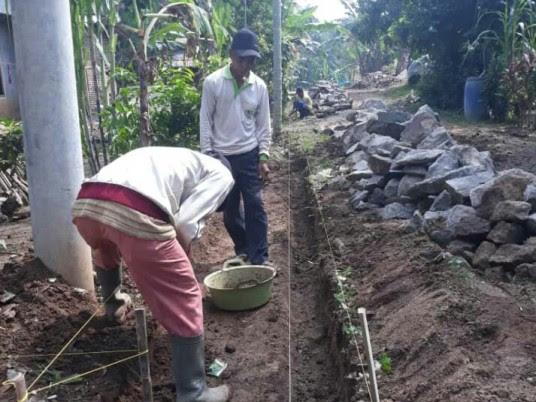 DD Tahap II, Desa Kekiling Bangun Talut, Drainase dan Jalan Rigit Beton
