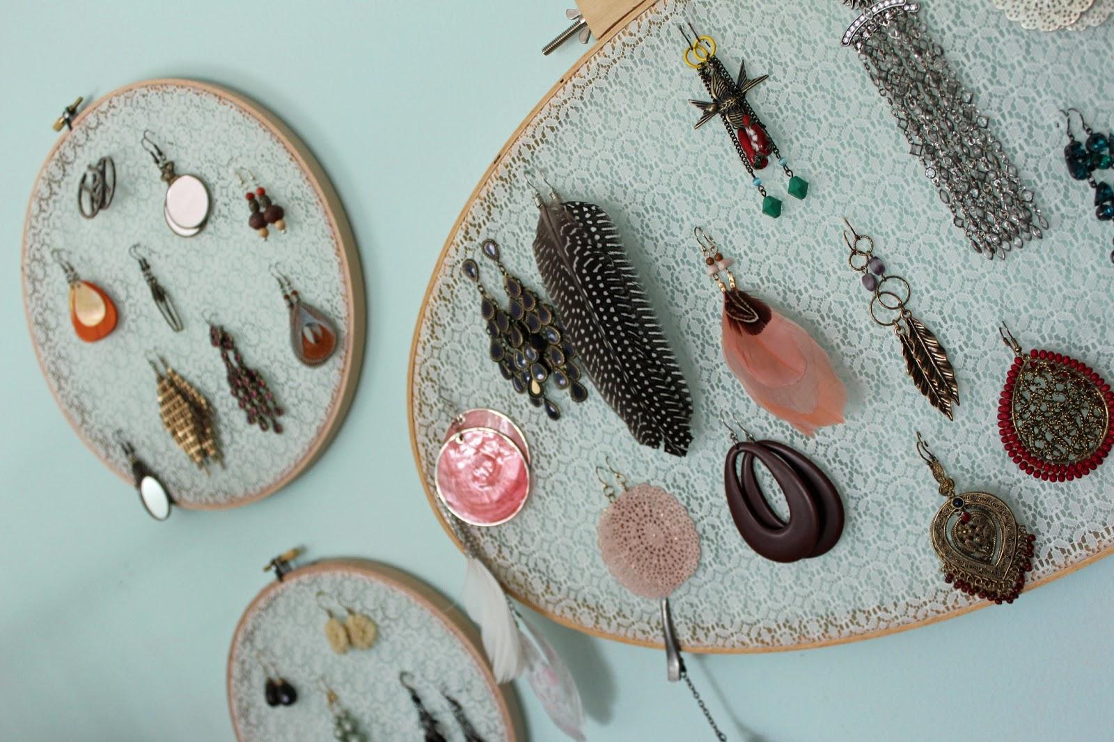 Dream Catcher Earring Holder DIY Embroidery Hoop Earring Holder Crafthubs 19