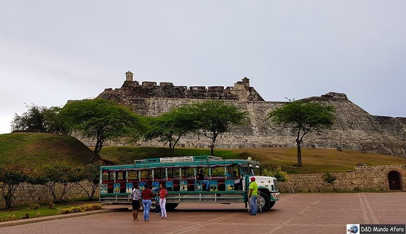 Passeio de Chiva - O que fazer em Cartagena, Colômbia