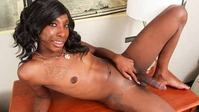 Black-tgirls – Jada Dickens Is Horny Again!