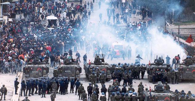 Шиптари су 1999. могли да уђу у српски део града, да су кренули на сва три фронта! (ВИДЕО)