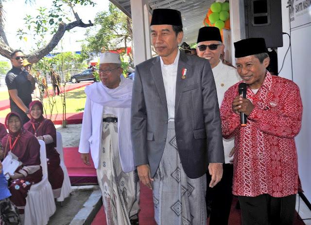 Jokowi Minta Masyarakat Uji Materi ke MK, Terkait Tak Teken UU MD3