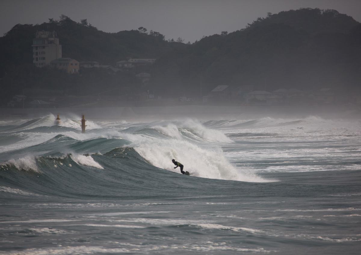 surf fukushima nuclear 01