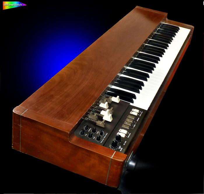 Korg CX3 electric organ 1980