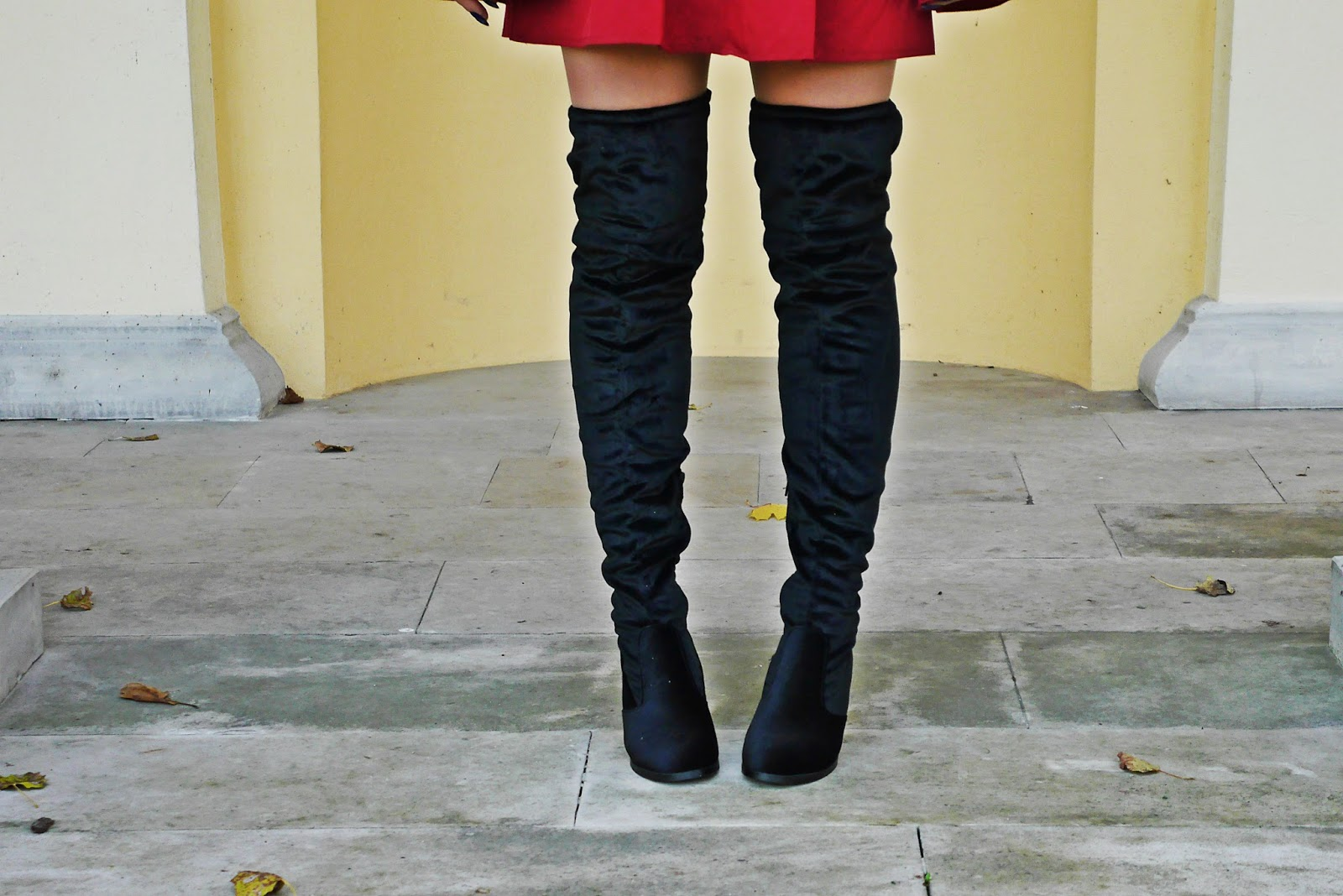 10_gamiss_high_knee_boots_burgundy_dress_karyn_blog_modowy_061117ad