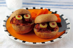 Simple Meatball Monster Sandwiches for Perfect Halloween Party