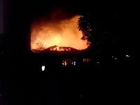 Aparat - Warga Sigap, Kebakaran di Blimbing Berhasil dipadamkan Tanpa Korban Jiwa