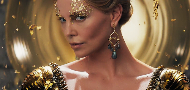 The Huntsman Winter's War: malefica Regină Ravenna (Charlize Theron)