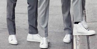 """5 Tips atau Cara Memadukan Jas dengan Sepatu Sneakers"""