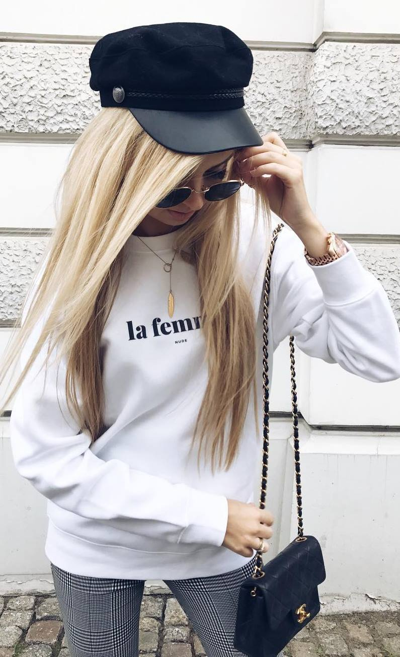 casual outfit inspiration / hat + bag + white sweatshirt + plaid pants