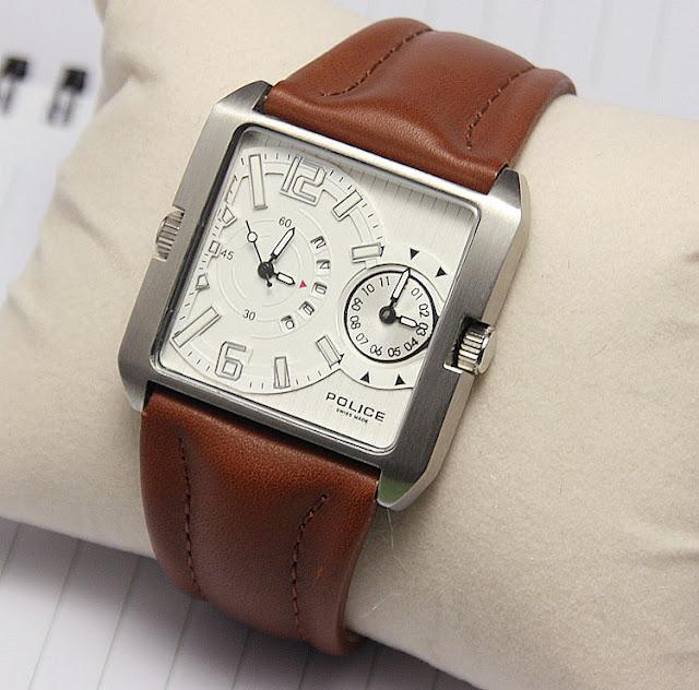 Đồng hồ nam Police V01800