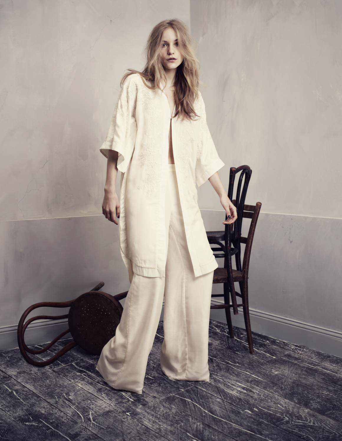 4ff0c3801339 Η χολιγουντιανή λάμψη έρχεται στην H M φέτος την άνοιξη με τη συλλογή  Conscious Exclusive – μια συλλογή με ρούχα για πάρτυ από πιο φιλικά προς το  περιβάλλον ...