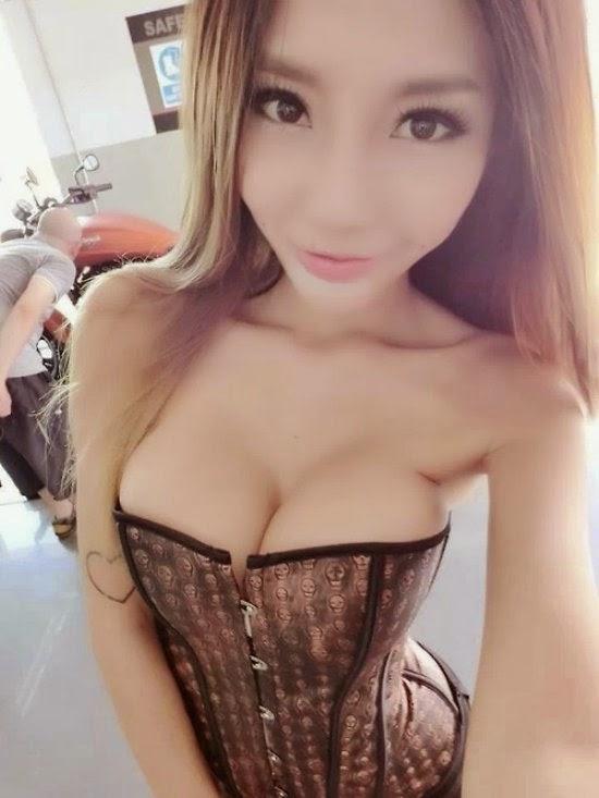 Sex older men girl