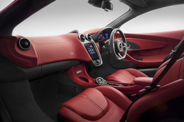 interior McLaren 570GT