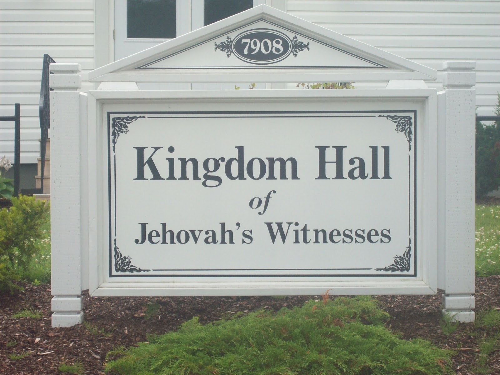 """jehovah s witness short informations Jehovahs witnesses   facts about their beliefs i included this post to bring many of the new visitors """"up to speed"""" with regard to jehovah's witnesses and the."""