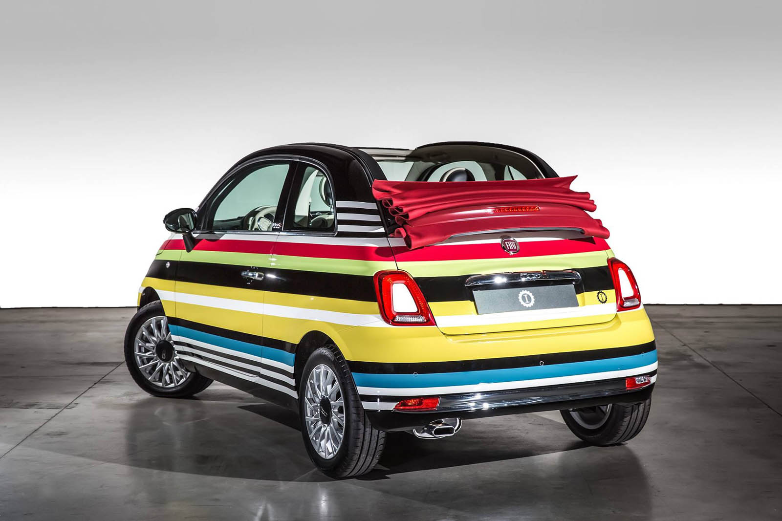 this one of a kind fiat 500c missoni edition just sold for. Black Bedroom Furniture Sets. Home Design Ideas