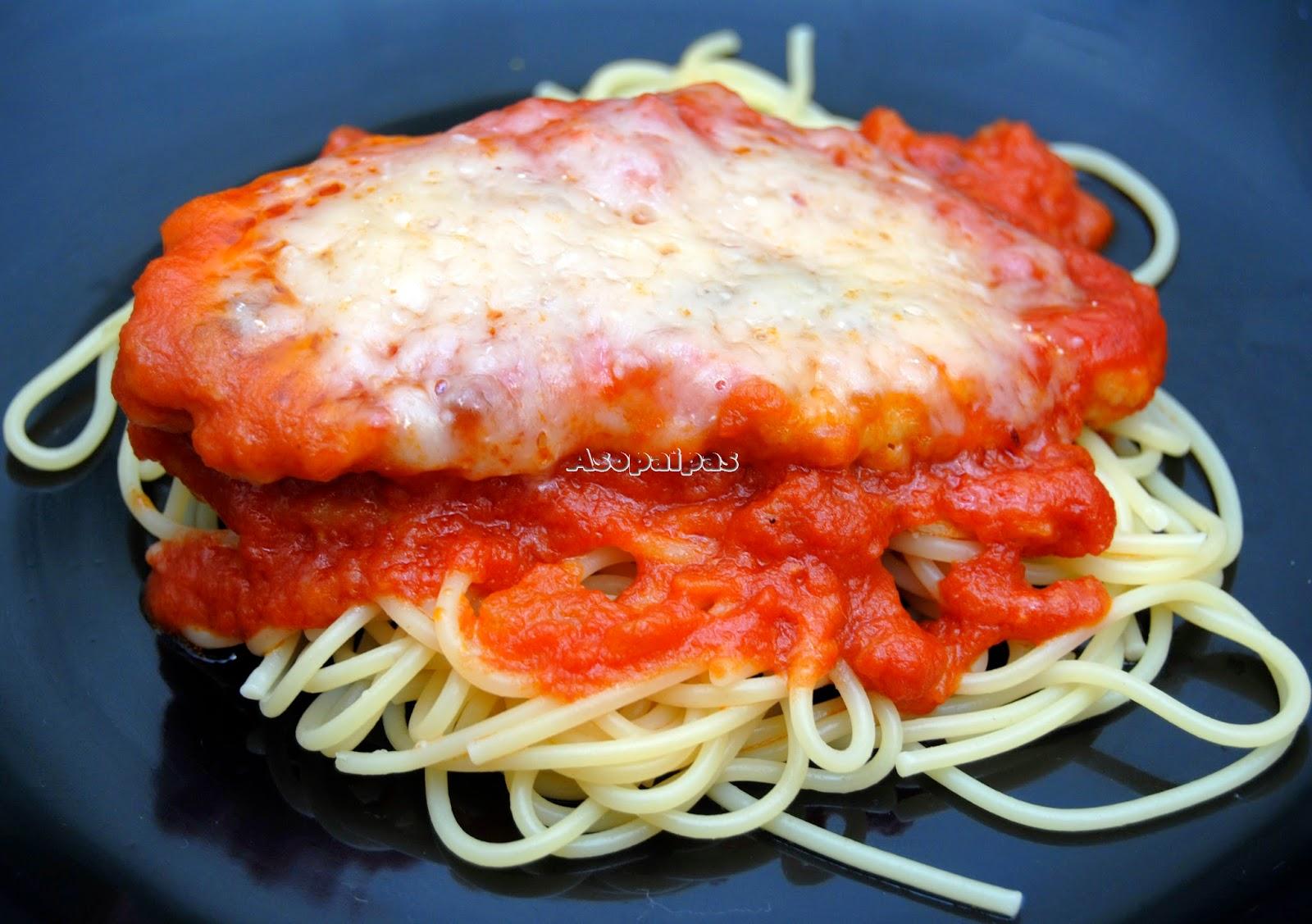 Pollo a la Parmesana con Salsa de Tomate casera