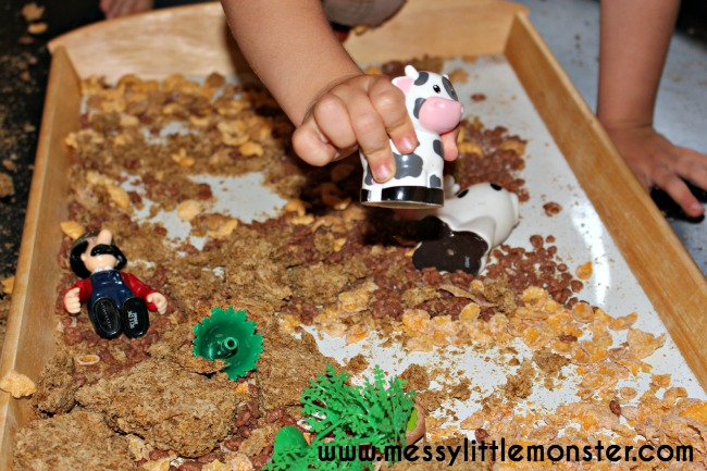 Edible/ taste safe farmyard activity for babies, toddlers and preschoolers. EYFS.