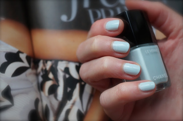 Chanel Le Vernis '584 Bleu Pastel'