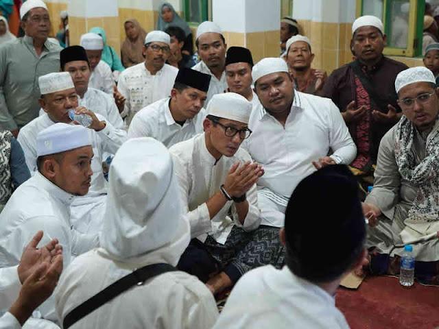 Sandiaga Uno Hadiri Haul ke 14 Guru Ijai di Banjarmasin
