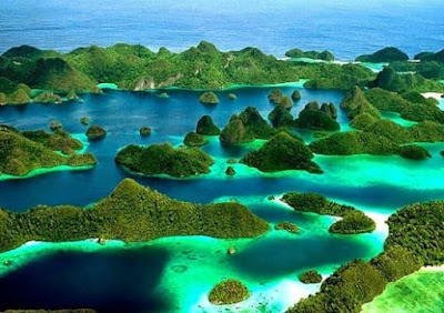 Keindahan Wisata Bawah Air dan Kepulauan Wayag Raja Ampat, Papua
