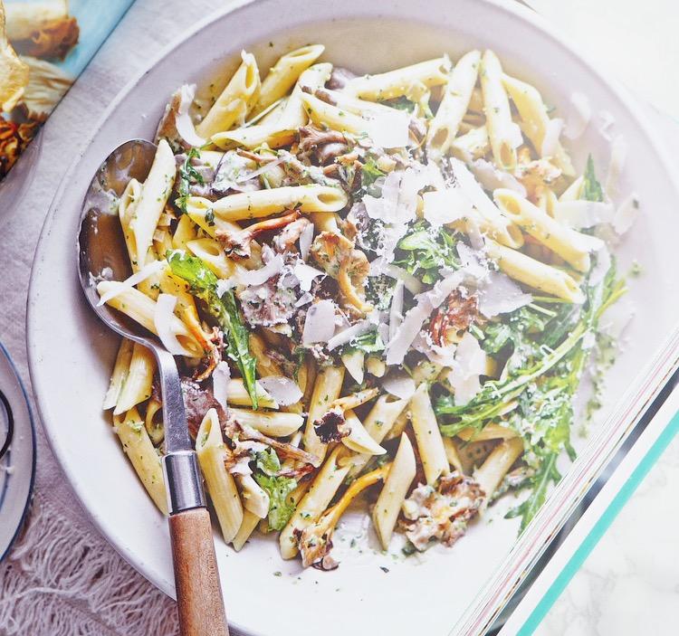 mushroom, pasta, pistou pasta with rocket