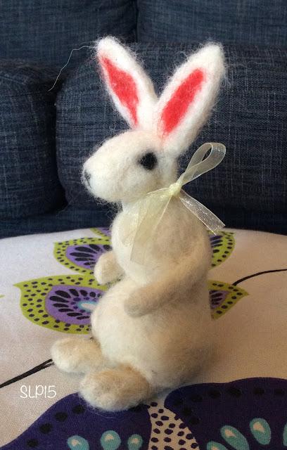 pupu pääsiäinen neulahuovutus