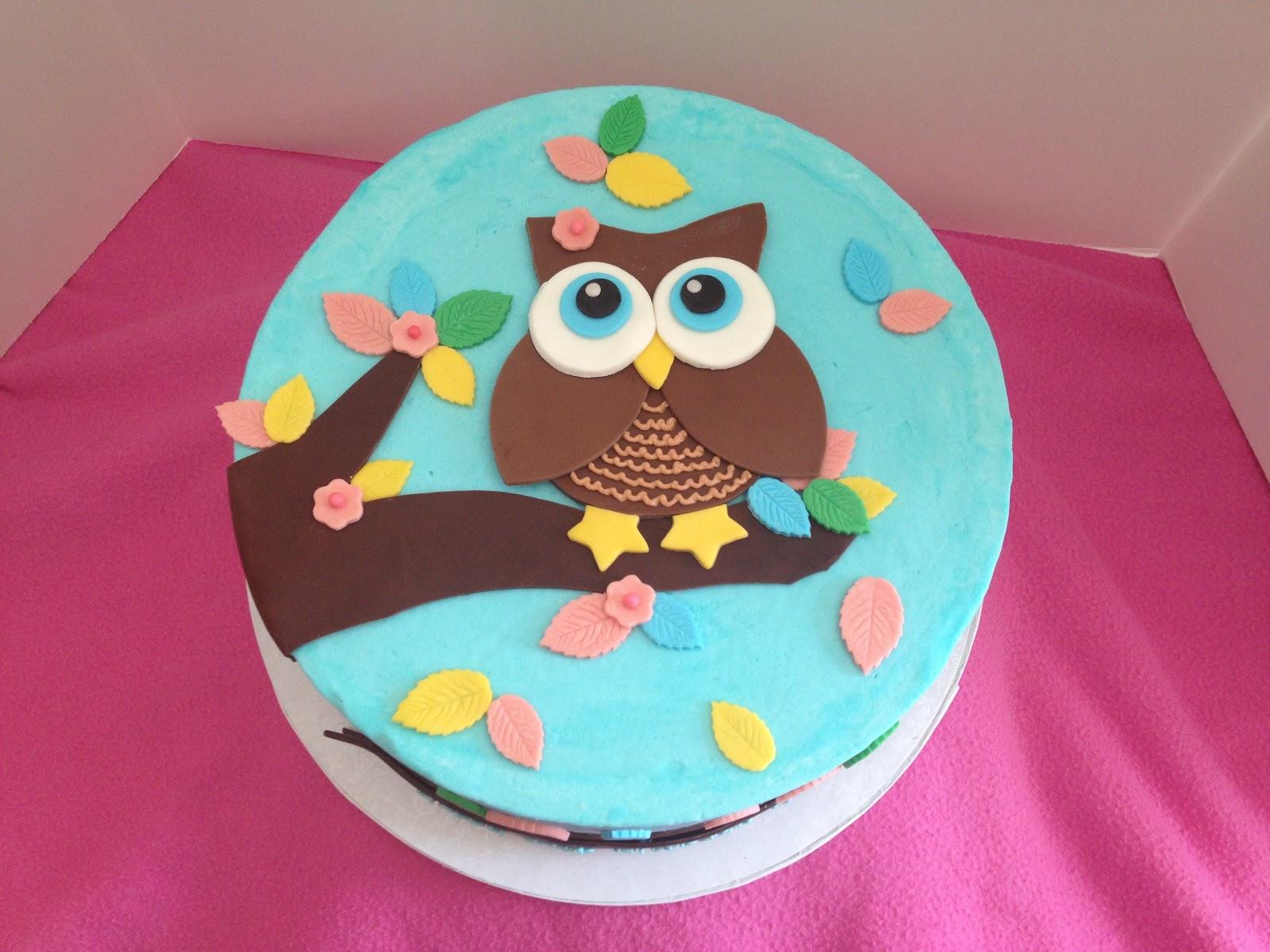 The Sugar Queen Owl Cake