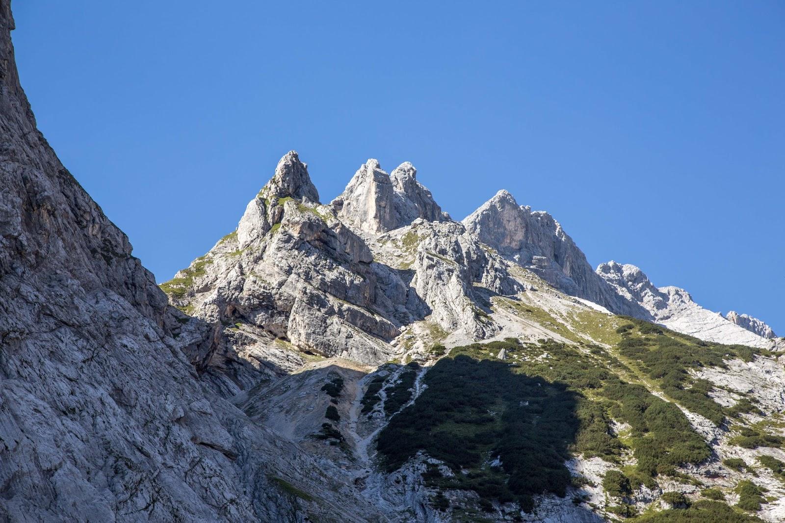 Klettersteig Garmisch : Wanderung von garmisch auf die zugspitze zugspitztour tägig