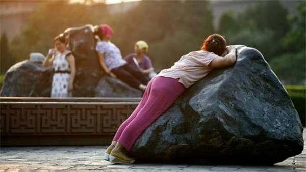 Se il dorso fa male durante sonno a donne incinte