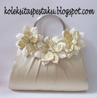 Tas Pesta Cream Bunga Mewah Elegant Clutch Bag