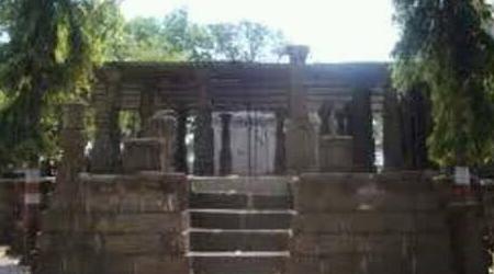 2 भाईयों ने नग्नावस्था और 1 रात मेंं किया इस शिव मंदिर का निर्माण