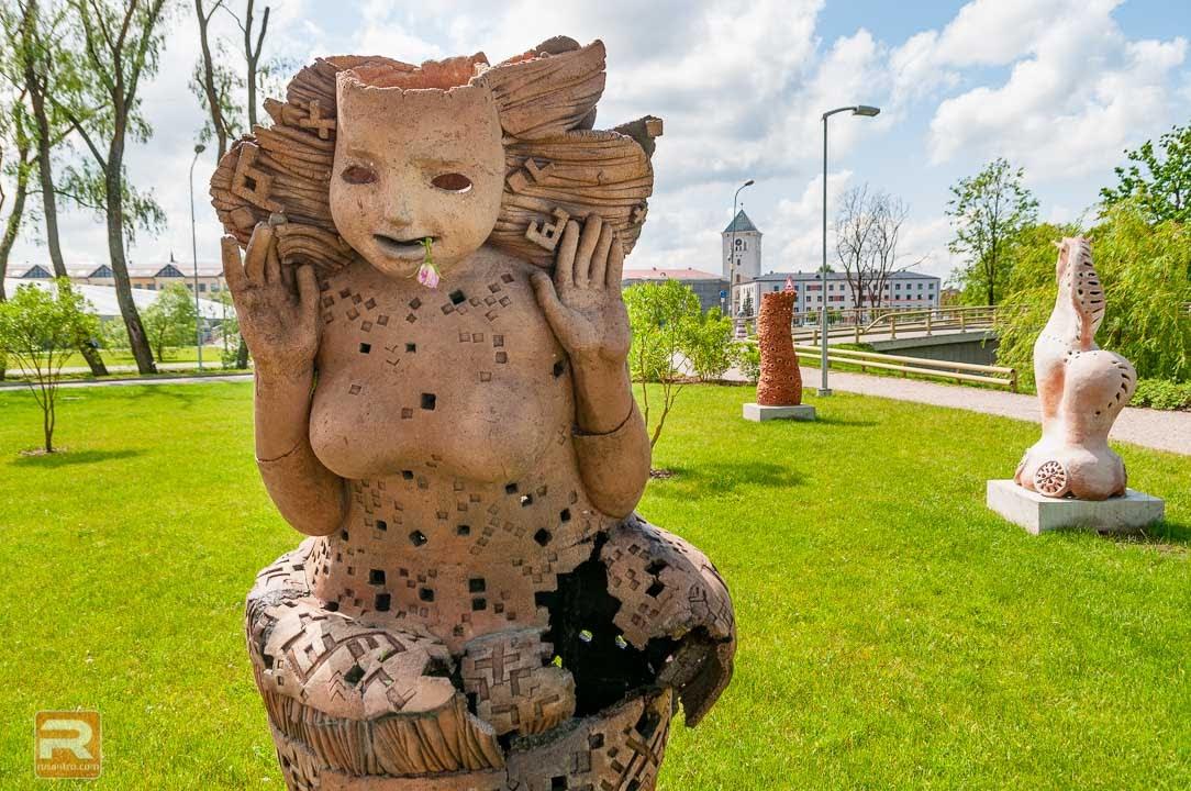 Šamota keramikas skulptūra 2