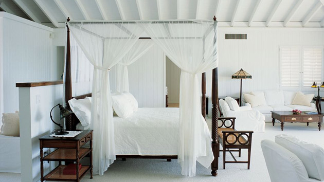 Dreamy and Romantic Full Draped Canopy Beds 8