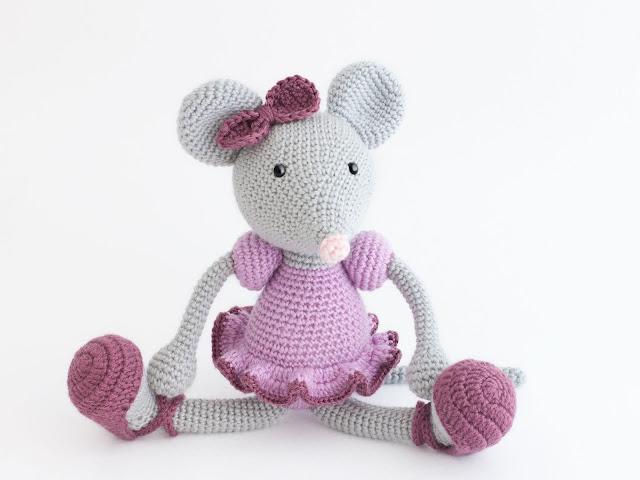 Amigurumi-ratita-bailarina-ballerina-mouse