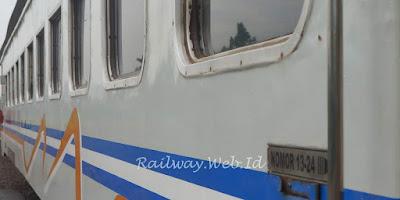 Kereta Api Lokal Padarang Bandung Cibatu