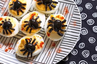 рецепты на Хэллоуин, Halloween, All Hallows' Eve, All Saints' Eve, закуски на Хэллоуин, салаты на Хэллоуин, декор блюд на Хэллоуин, оформление Хэллоуинских блюд, праздничный стол на Хэллоуин, угощение для гостей на Хэллоуин, кухня монстров, кухня ведьмы, еда на Хэллоуин, рецепты на Хллоуин, блюда на Хэллоуин, оладьи, оладьи из тыквы, тыква, праздничный стол на Хэллоуин, рецепты, рецепты кулинарные, рецепты праздничные, оладьи, тыквенные блюда, блюда из тыквы, как приготовить тыкву, Хэллоуин, на Хэллоуин, из тыквы, что приготовить на Хэллоуин, страшные блюда, блюда-монстры, 31 октября, праздники осенние, Страшные и вкусные угощения для Хэллоуина (закуски, салаты, горячее) http://prazdnichnymir.ru/рецепты на Хэллоуин, Halloween, All Hallows' Eve, All Saints' Eve, закуски на Хэллоуин, салаты на Хэллоуин, декор блюд на Хэллоуин, оформление Хэллоуинских блюд, праздничный стол на Хэллоуин, угощение для гостей на Хэллоуин, кухня монстров, кухня ведьмы, еда на Хэллоуин, рецепты на Хллоуин, блюда на Хэллоуин, оладьи, оладьи из тыквы, тыква, праздничный стол на Хэллоуин, рецепты, рецепты кулинарные, рецепты праздничные, оладьи, тыквенные блюда, блюда из тыквы, как приготовить тыкву, Хэллоуин, на Хэллоуин, из тыквы, что приготовить на Хэллоуин, страшные блюда, блюда-монстры, 31 октября, праздники осенние, Страшные и вкусные угощения для Хэллоуина (закуски, салаты, горячее) http://prazdnichnymir.ru/ Хэллоуин — подборка праздничных рецептов и идейдекор блюд на Хэллоуин, рецепты на Хэллоуин, Хэллоуин, праздничные блюда на Хэллоуин, рецепты, блюда из яиц,Hallows' Eve, All Saints' Eve, на Хэллоуин, идеи на Хэллоуин, еда на Хэллоуин, закуски на Хэллоуин, яйца, яйца фаршированные, яйца фаршированные на Хэллоуин, яйца с пауками, фарштровка яиц, пауки из маслин, страшные блюда на Хэллоуин, пауки,