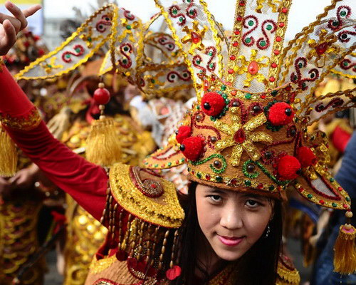 Tinuku Travel Cap Go Meh fest in Singkawang present Tatung attractions integrate Chinese, Dayak and Malay culture