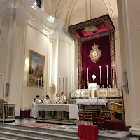 Four Altar Arrangements and One Church - The Importance of Altar Design