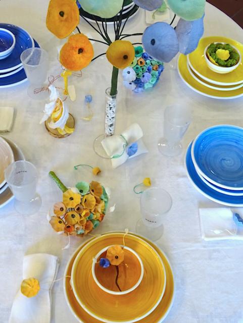 bouquet, centrotavola con fiori di carta per matrimonio Green 2018 in blu e giallo