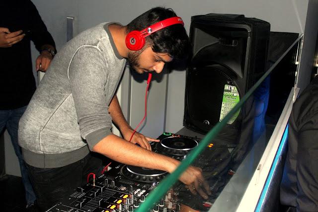 14. Lost Stories Dj Rishab Joshi on the console