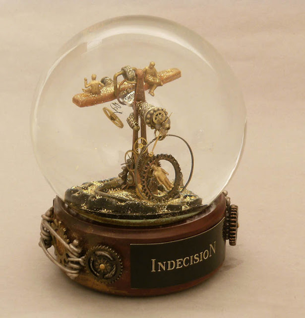 Steampunk snow globe - Indecision