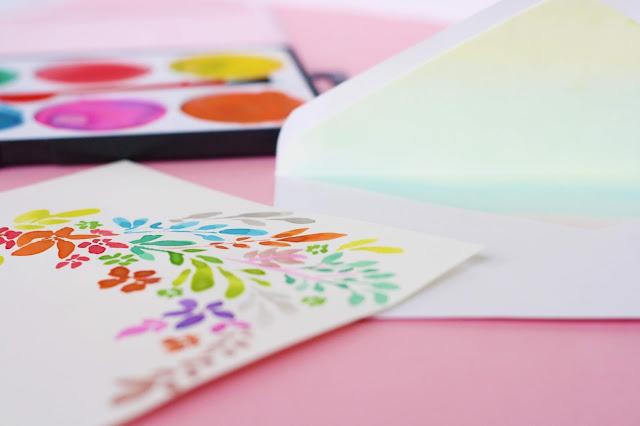 DIY Briefumschlag mit Aquarell gestalten