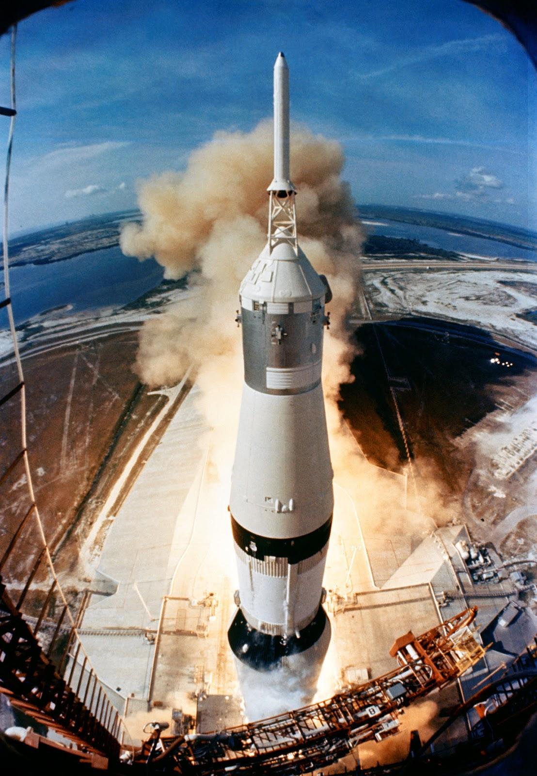 10 Roket Terbesar yang Pernah Dibuat Manusia