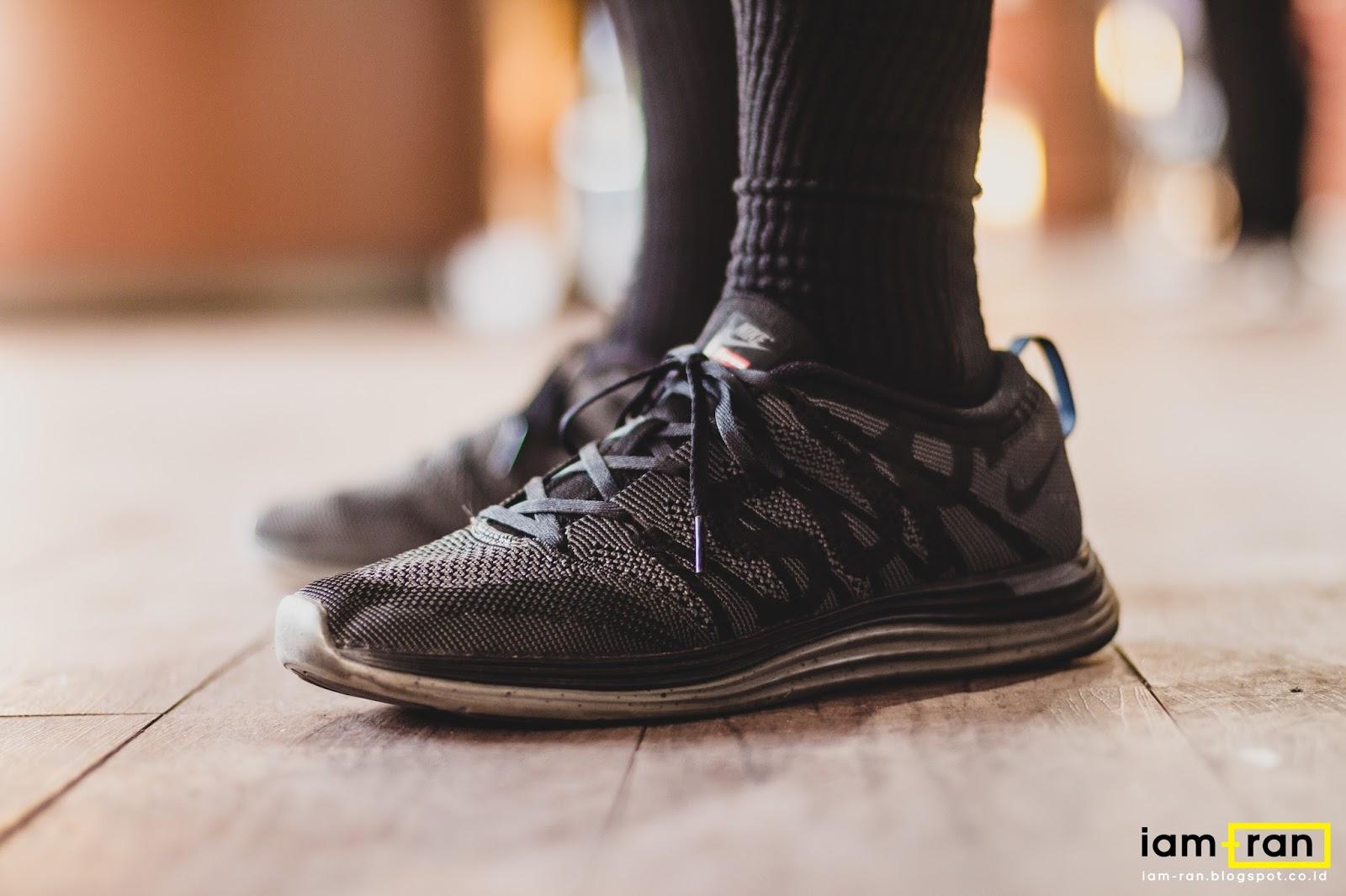 buy popular 07965 1ad2f ... Sneakers Nike Flyknit Lunar 1 x Supreme. iam.ran06 ...