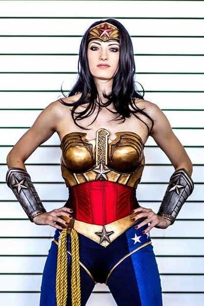 Katie George Cosplay - Wonder Woman