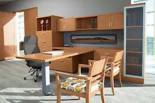 Global Zira Desk Layout