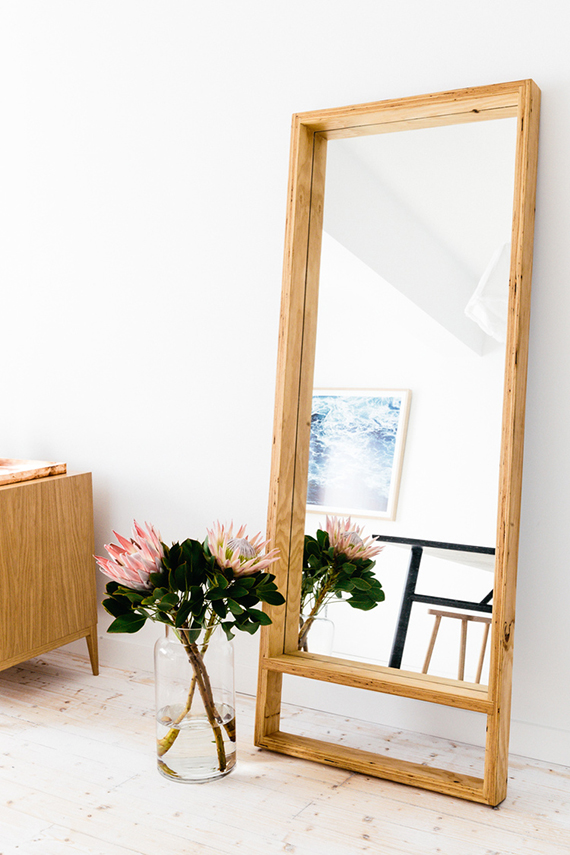 Decor trend: Floor mirrors | Image via C+M Studio.